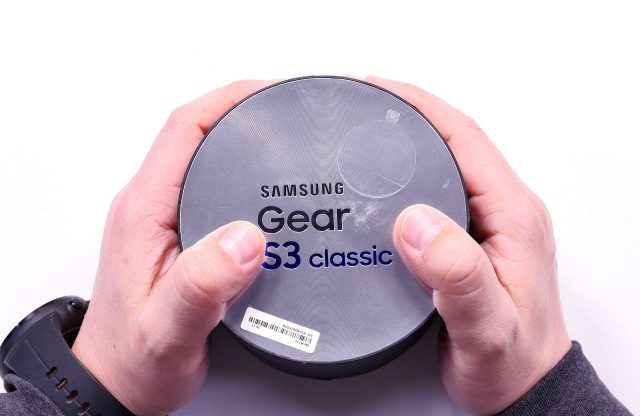 unboxing_review_samsung_gear_s3_classic_buhnici_1