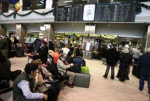 pasageri-aeroport.jpg