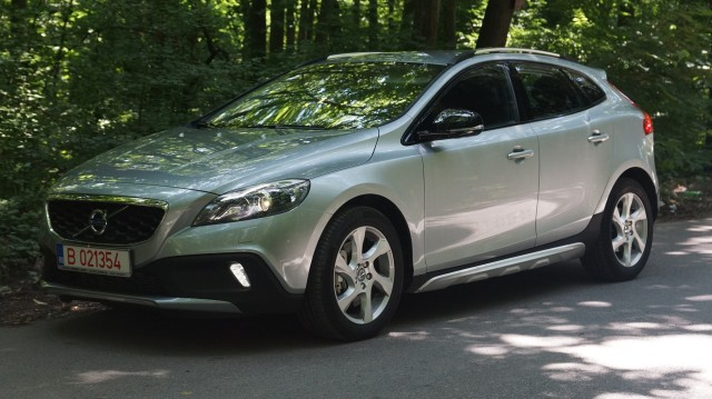 Volvo V40 Cross Country (www.buhnici.ro)_24