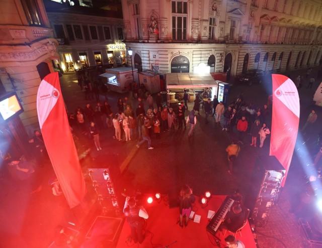 Lansare iPhone Vodafone