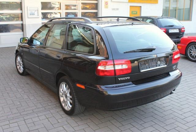 2003-volvo-v40-9