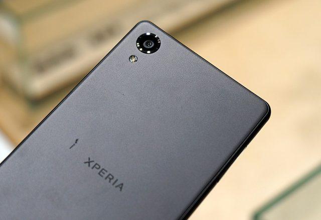 Sony_Xperia_X_Review_Buhnici